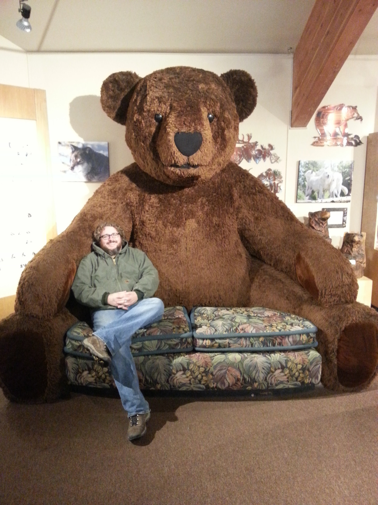 Photo d'un fauteuil ours en peluche